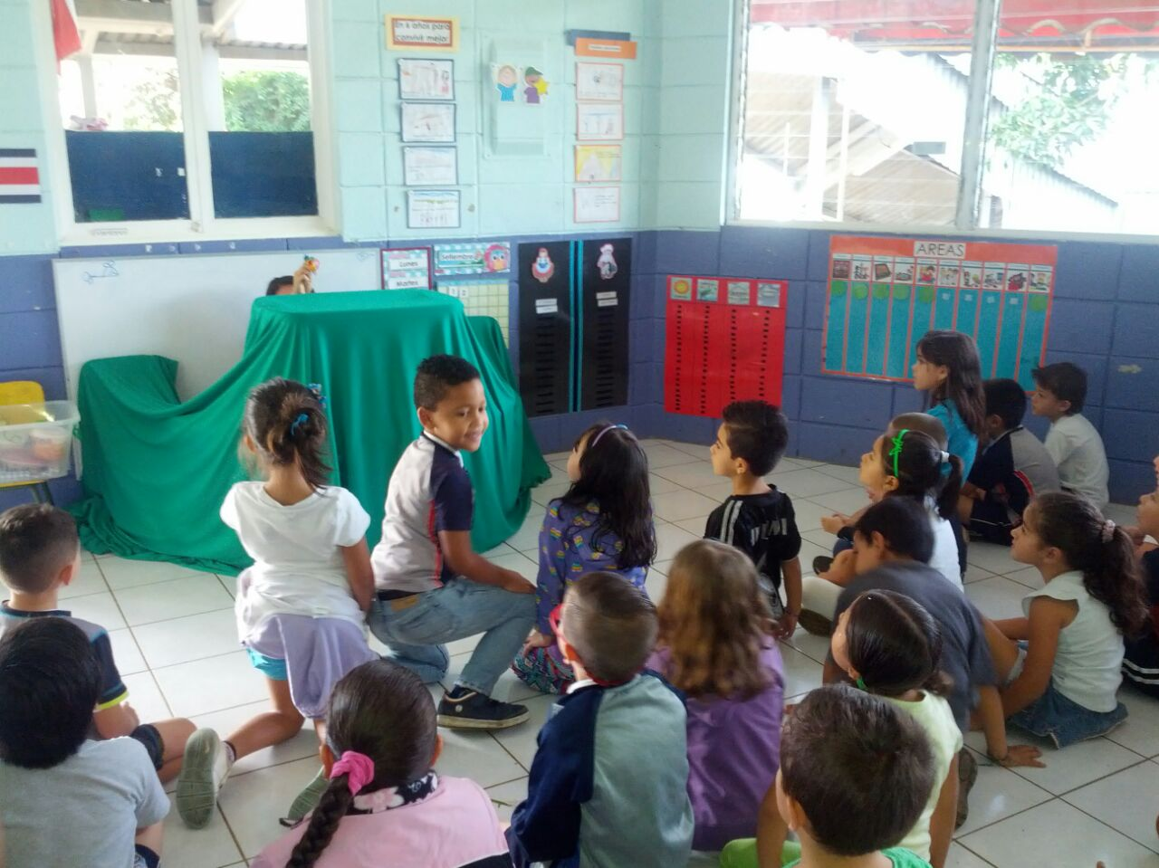 Escuela Nueva Laboratorio, Costa Rica
